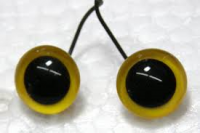 Large Pupil Yellow on Wire